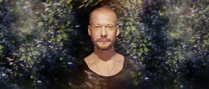 Background Noise Sebastian Mullaert